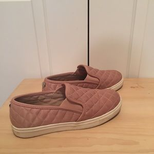 Mossimo Target brand blush pink sneakers